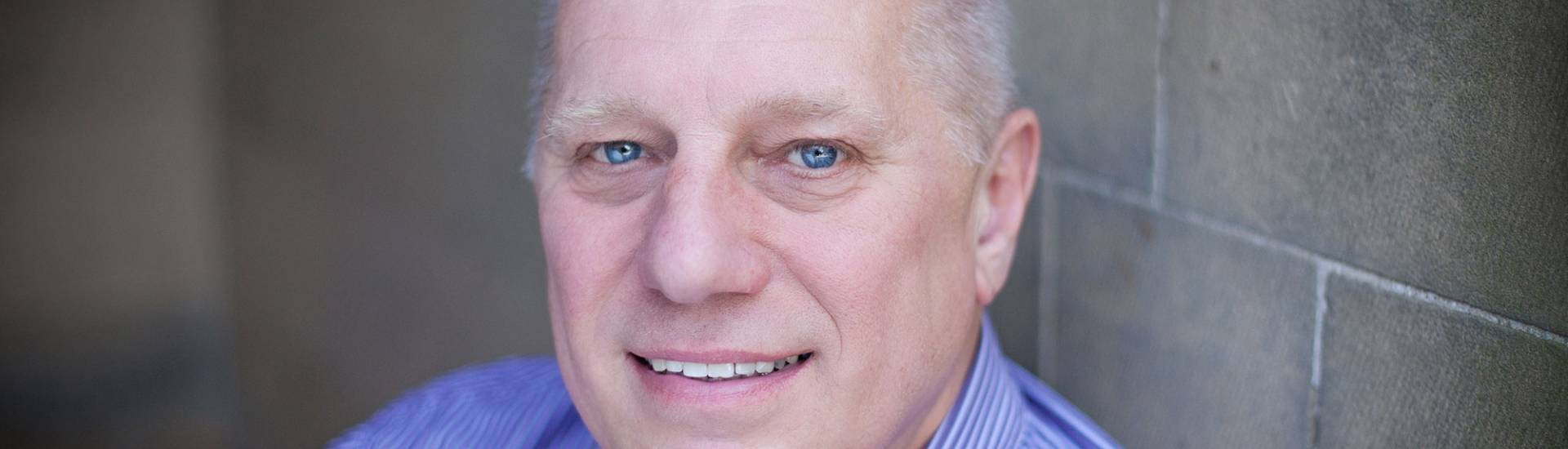 Dave Williams headshot